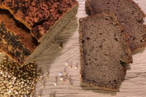Buchweizen Brot.jpg